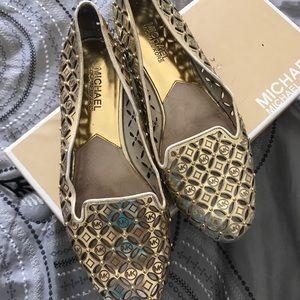 Shoes - Michael Kors loafers/ flats (Sz.7w)